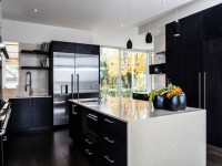 Черно-белая кухня — фото примеров дизайна с необычными акцентами