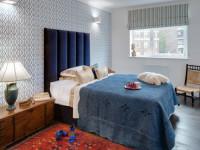 Обои для спальни — 120 фото красивых интерьеров с оригинальными обоями