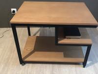 Журнальный столик на металлокаркасе. Стиль и качество