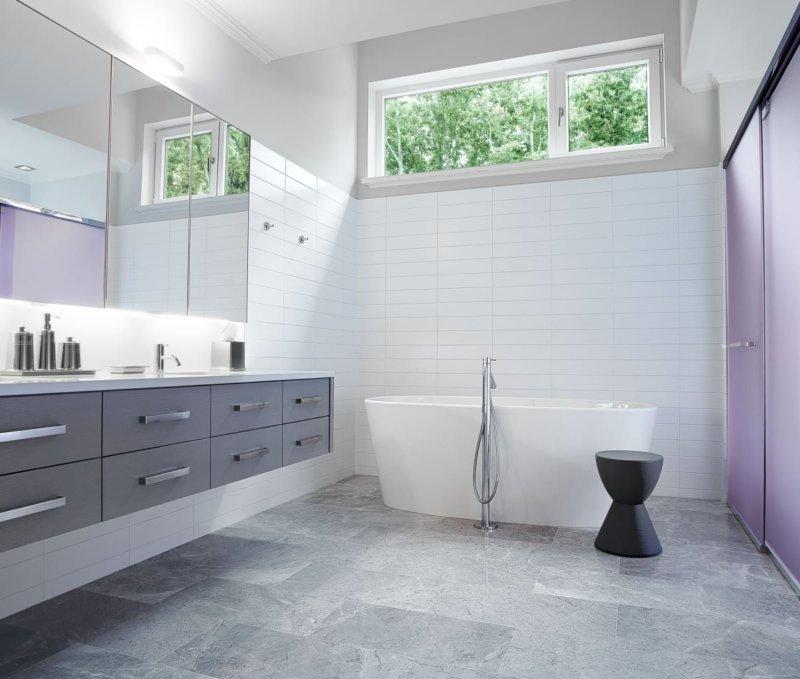 Ванная в стиле хай-тек - 80 фото необычного дизайна