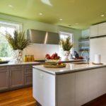 Желтая кухня - 70 фото необычных идей сочетания в интерьере