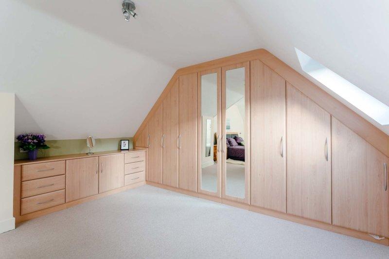 Шкаф в спальню секреты стильного сочетания дизайна 80 фото
