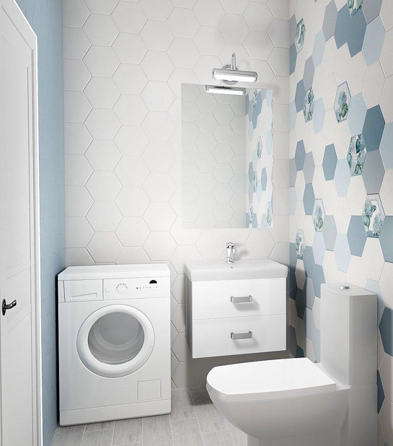 маленький туалет белого цвета