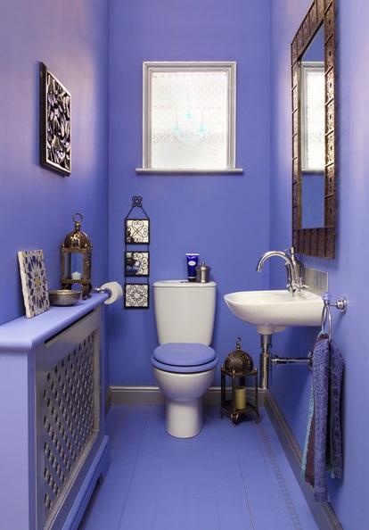 дизайн голубого маленького туалета фото