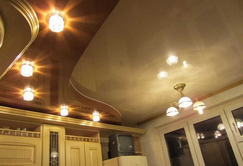 Гипсокартон в ремонте и отделке потолка на кухне.