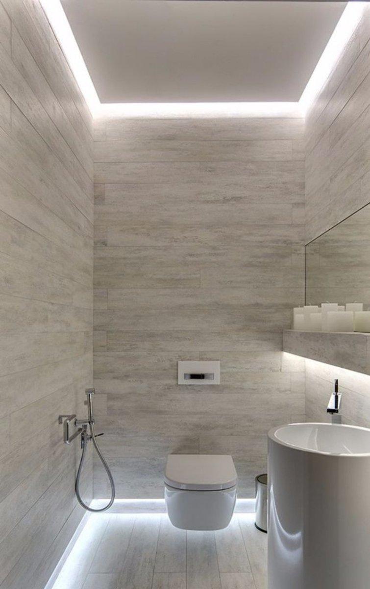 натяжной потолок в маленьком туалете фото