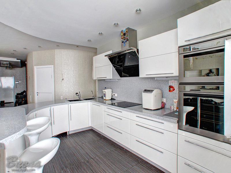 потолок в кухне красивая отделка